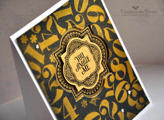 CAS-ual Fridays CFC110. Gold Perfect Pearls on black panel.